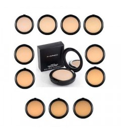 A one-step powder and foundation B58 MAC